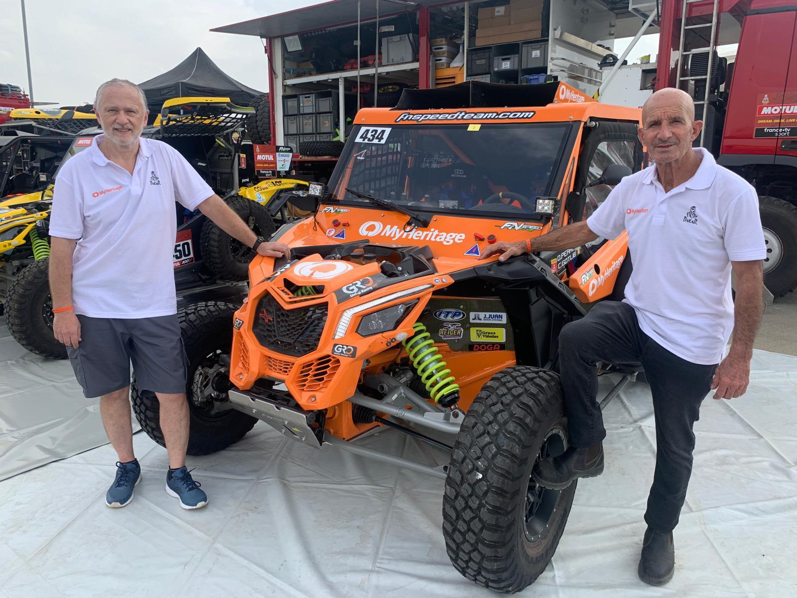 Co-driver Charly Gotlib (left) and driver Danny Pearl (right)