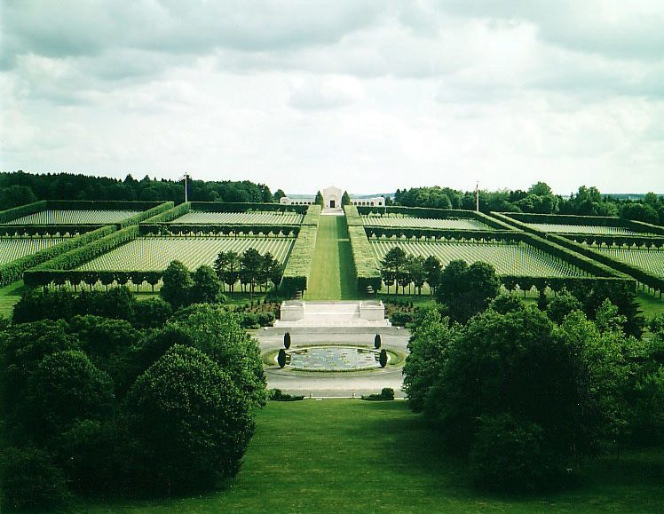 Cmentarz amerykański Meuse-Argonne, Romagne (Meuse), Francja [Credit: American Battle Monuments Commission]